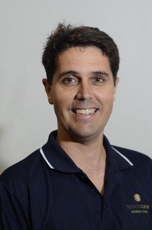 physiotherapist warana